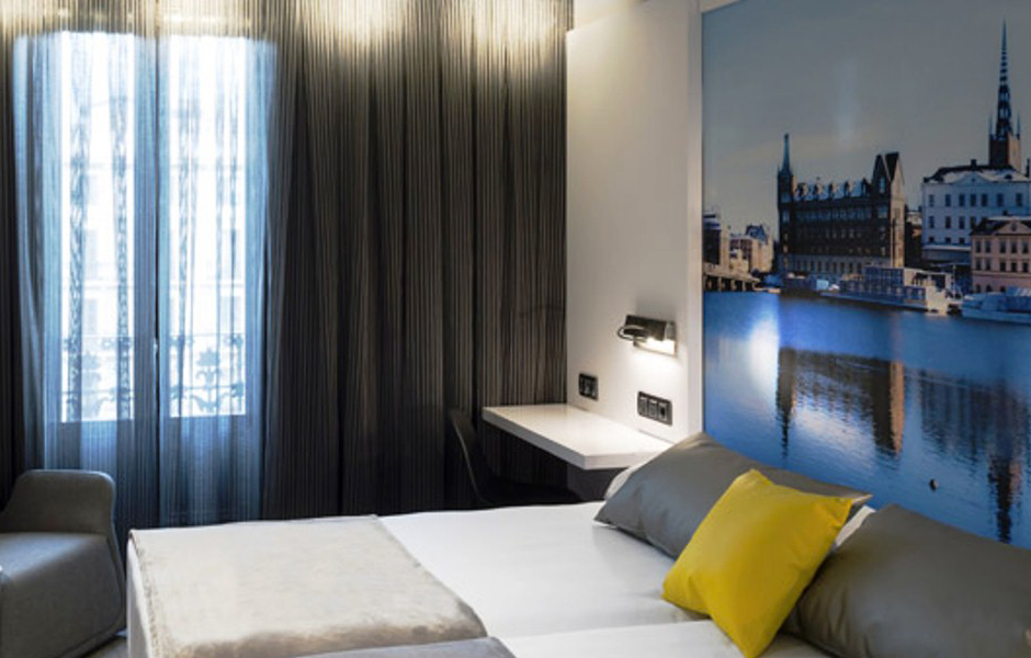 hotel-vueling-barcelone-avion-catalonia-espagne-citybreak-voyage