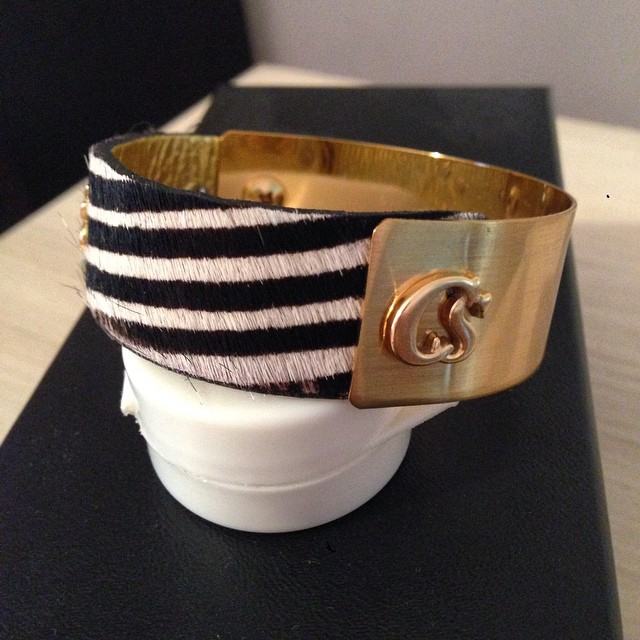 Dingue de mon nouveau bracelet #carmensteffens  On vous proposera de jolies choses en Novembre avec la boutique de #nice06  Affaire à suivre donc ?